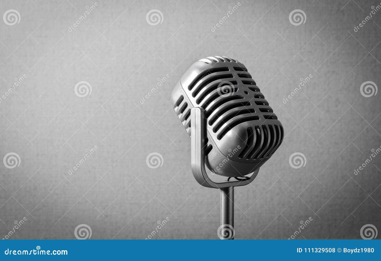 Retro mikrofon för tappning