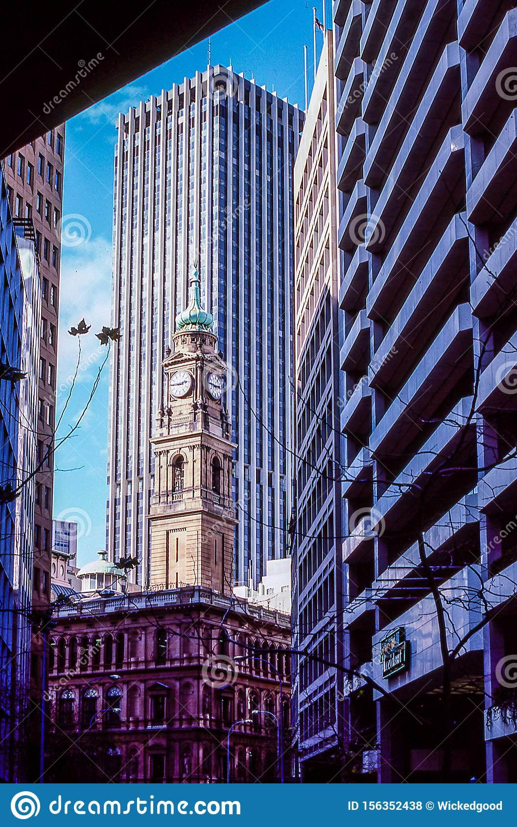 Retro And Modern Day Architecture In Downtown, Sydney ...