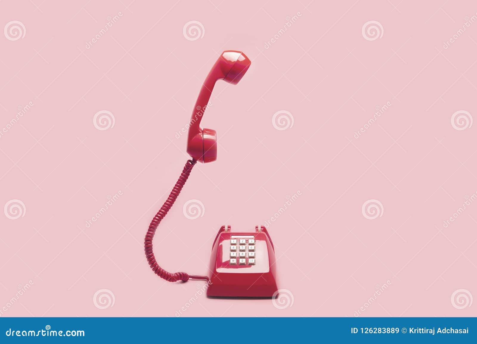 Retro rosa färgtelefon