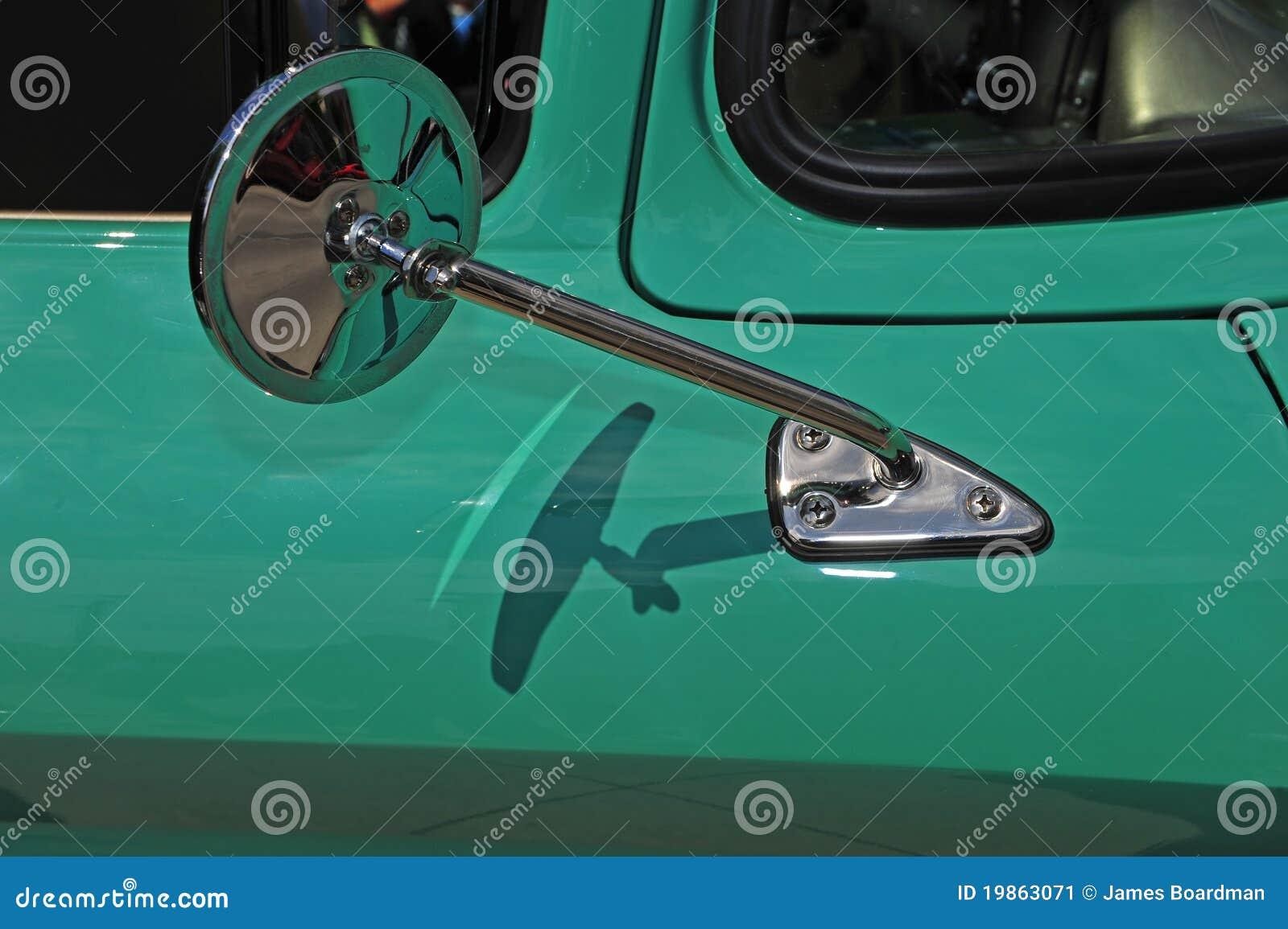 Retro specchio automobilistico