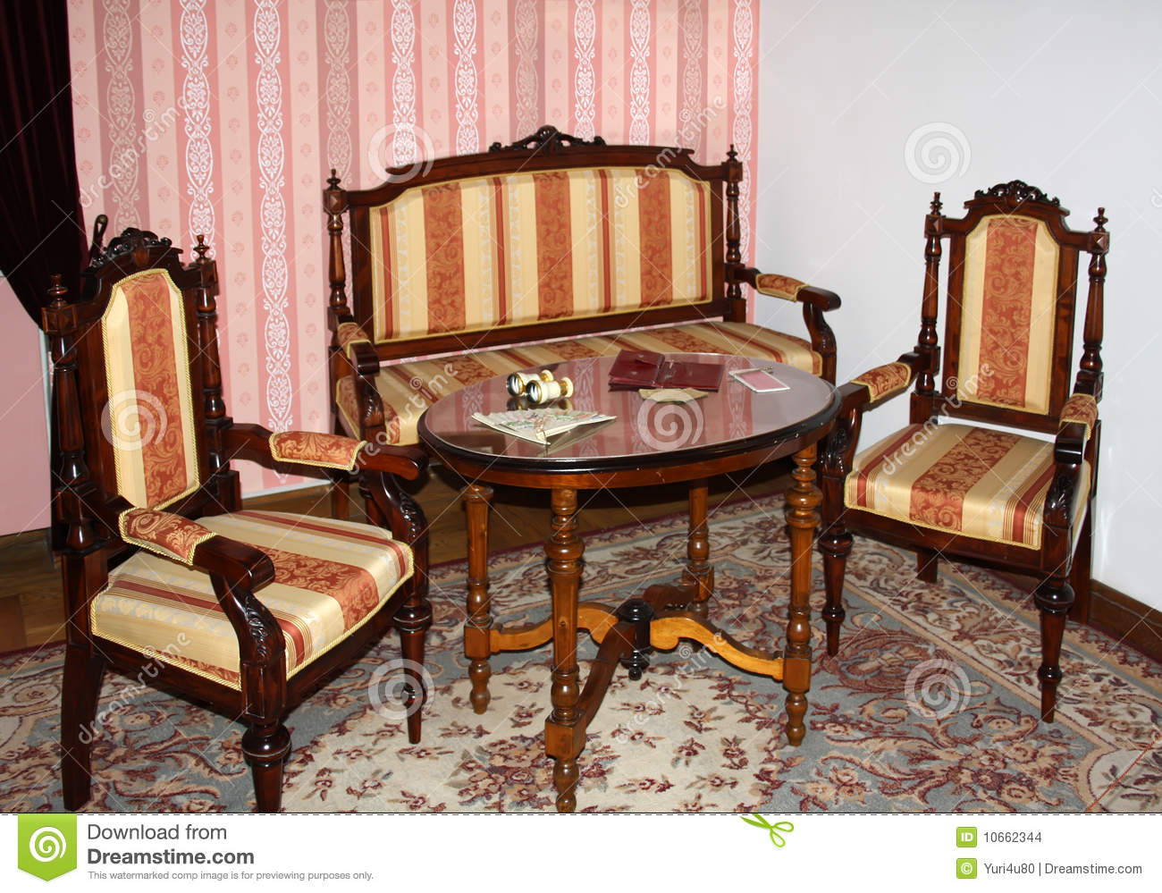 Old fashioned tables and chairs 69
