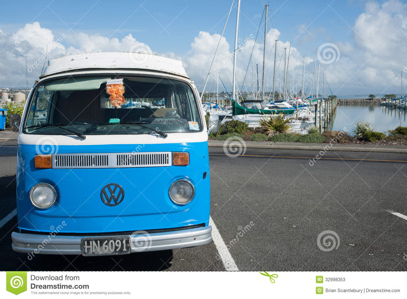 Retro Vw Kombi Van Editorial Stock Photo Image 32998353