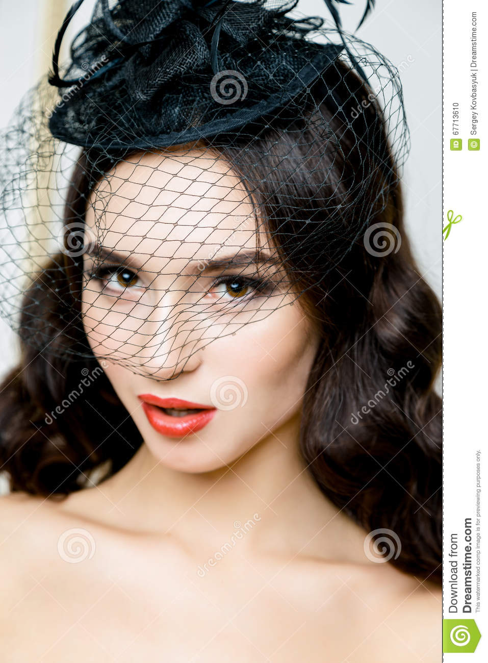 Retro Woman Portrait Vintage Style Girl Wearing Old Fashioned Hat