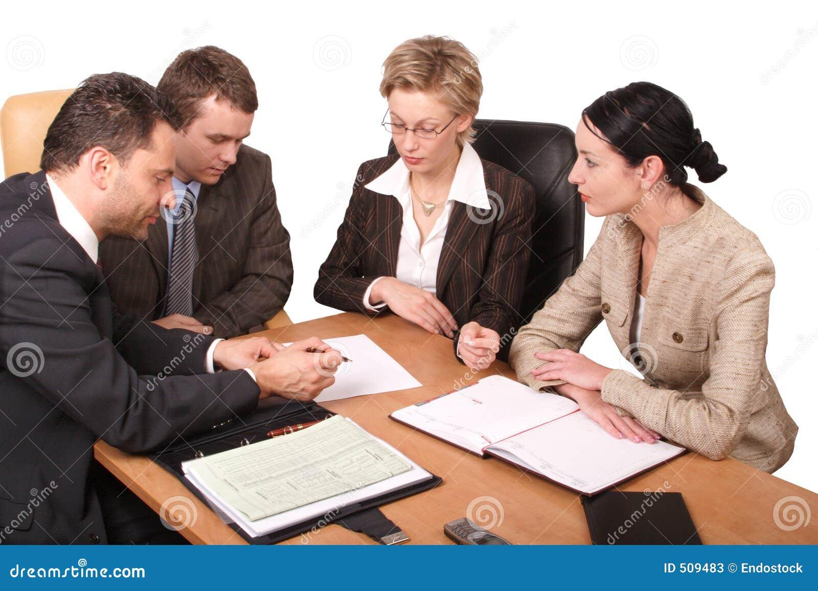 Reunião de negócio de 4 pessoas - isoladas