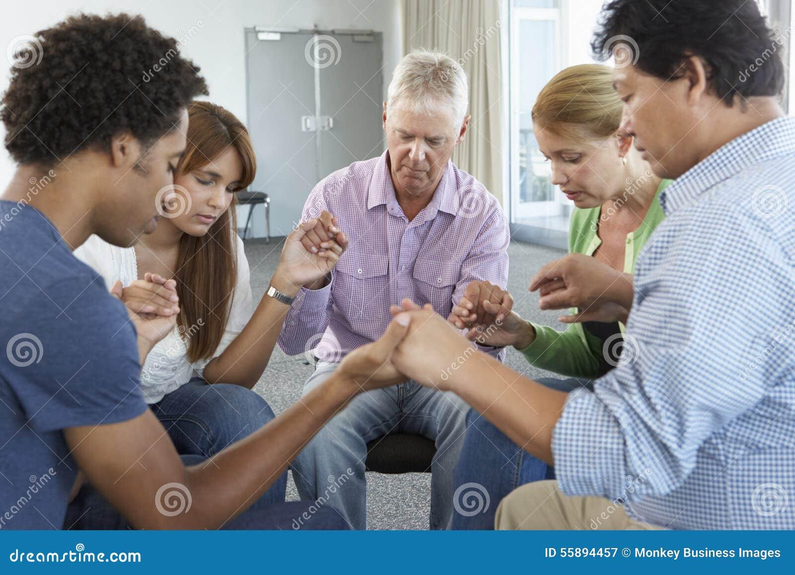 Reunião do grupo de estudo da Bíblia