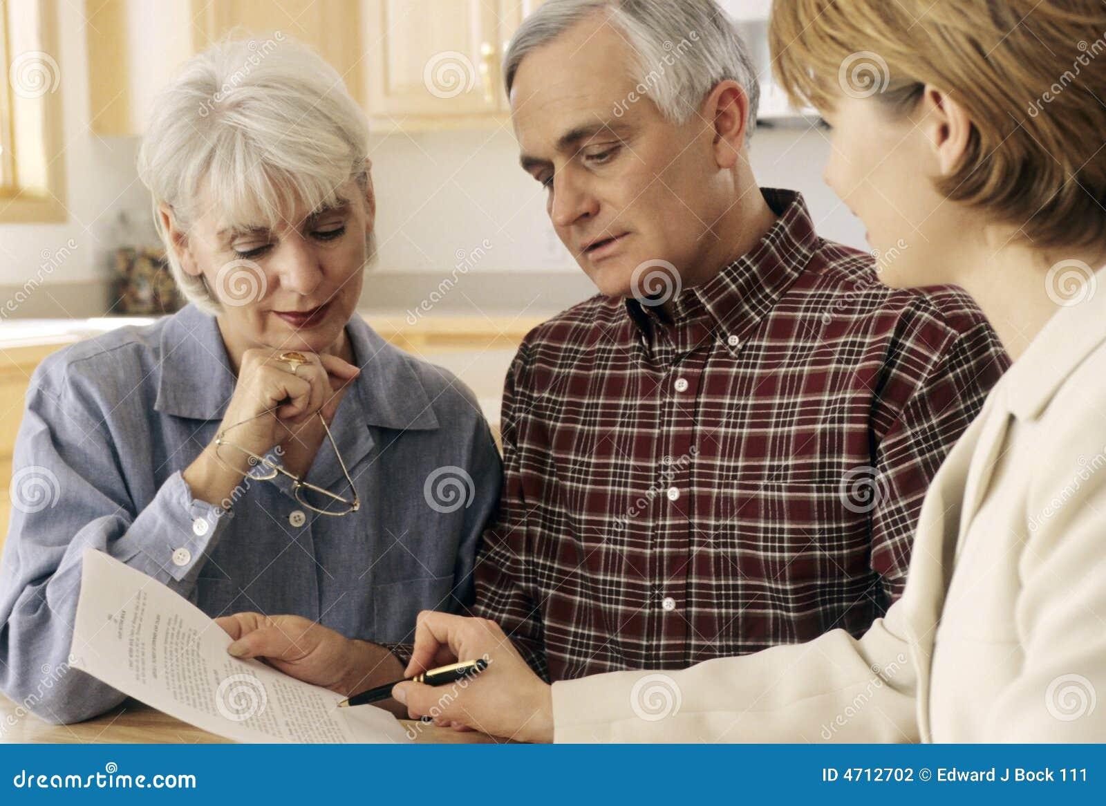 Reunión mayor de los pares con el agente