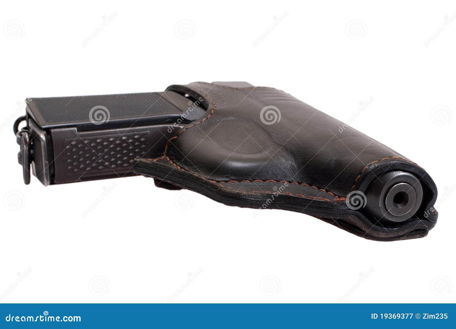 Revólver PMM-Makarov do russo em um holster