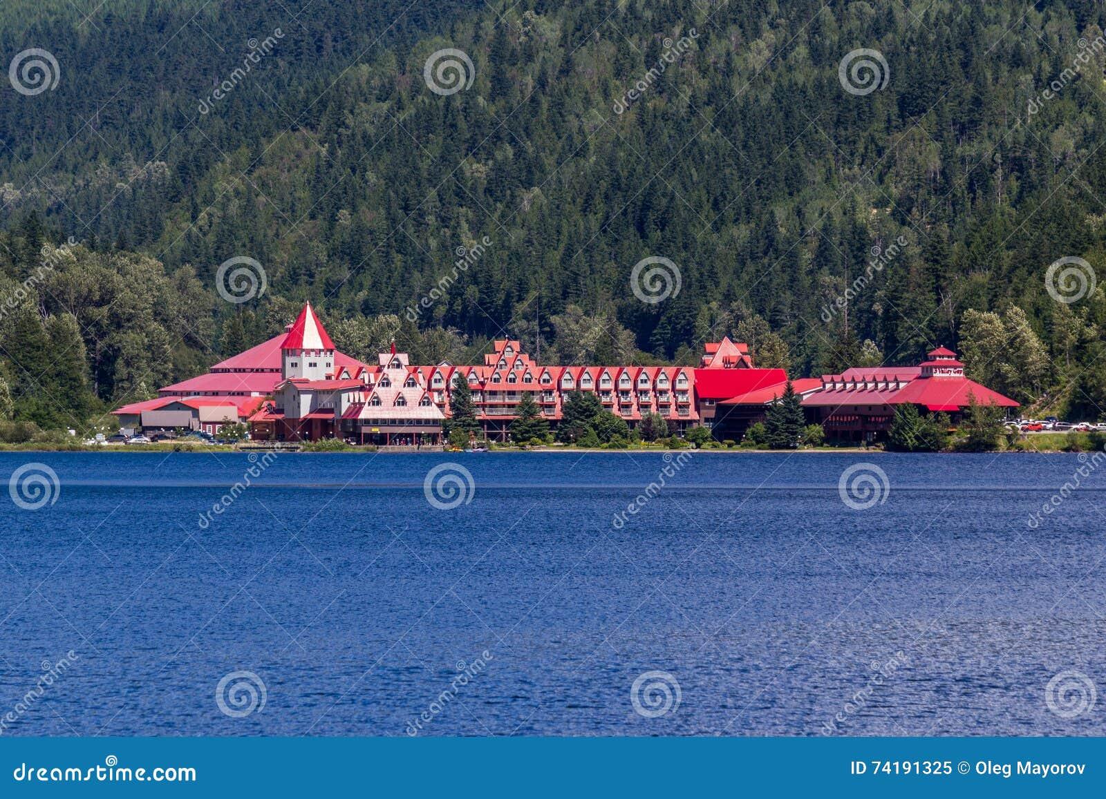 Revelstoke, Canada 2 Juli, 2016 Drie Vallei Gap Chateau