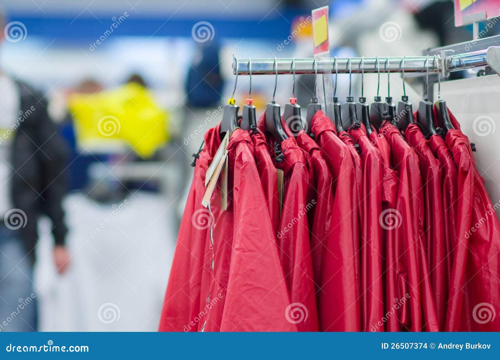 Revestimentos e vestes do ósmio da variedade em carrinhos