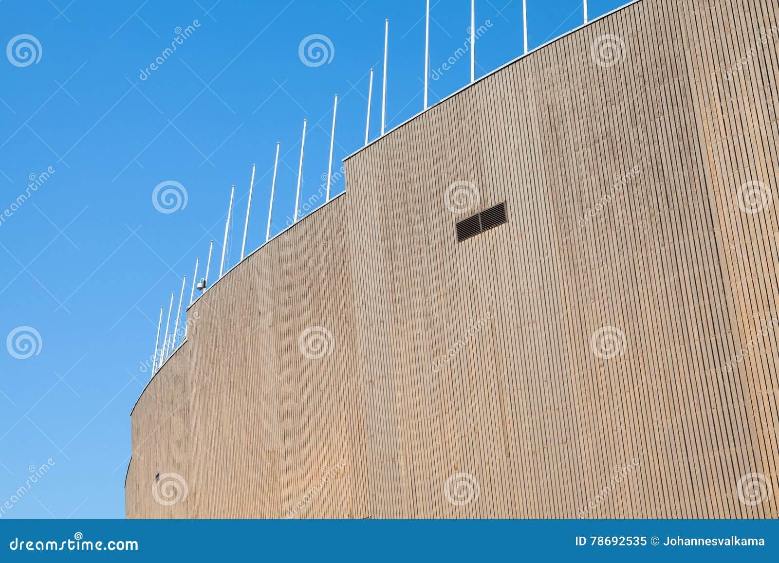 Revestimiento exterior de la madera de helsinki el estadio for Revestimiento exterior en madera