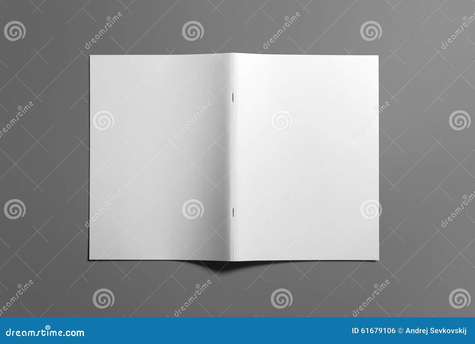 Revista en blanco del folleto en el gris para substituir su diseño