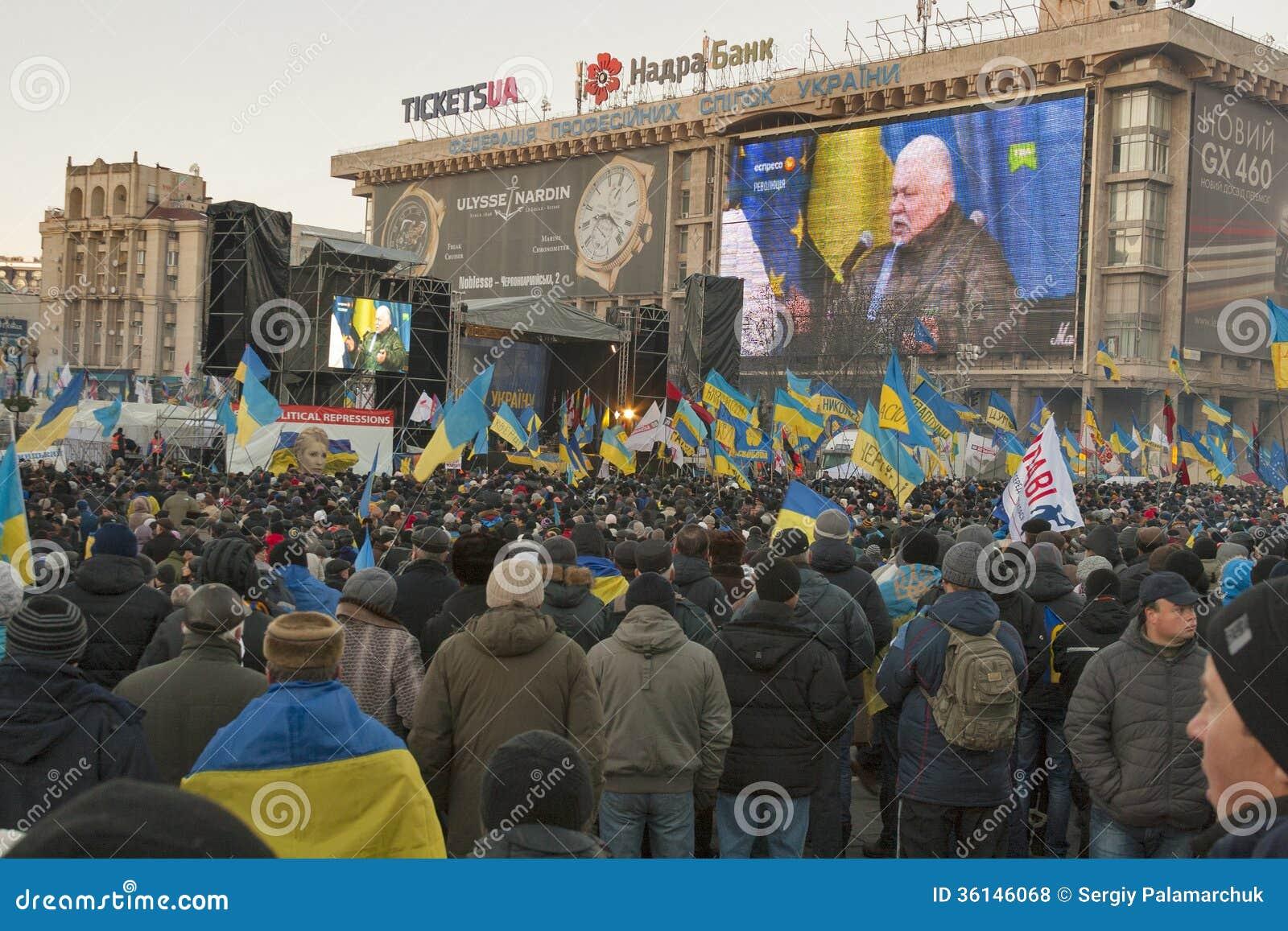 Ukraine: Euromaidan Page 2 78