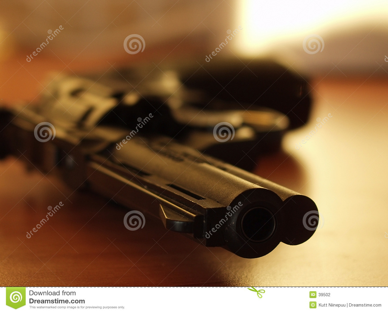 Revolver 3