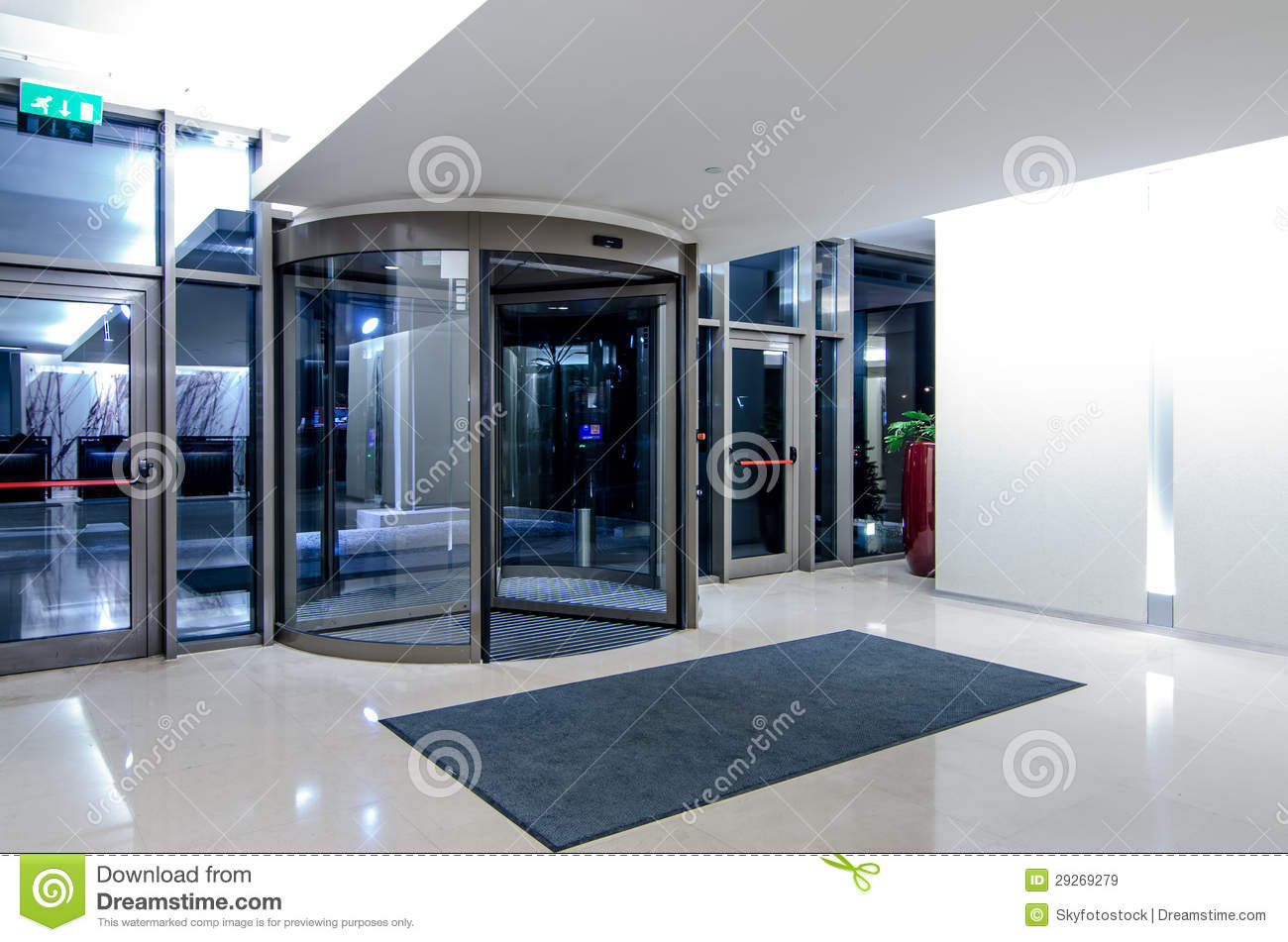 online dating revolving door The pushy guy's story can help you  i was big on avoiding the revolving door  stay tuned for more of my crazy online dating stories on.