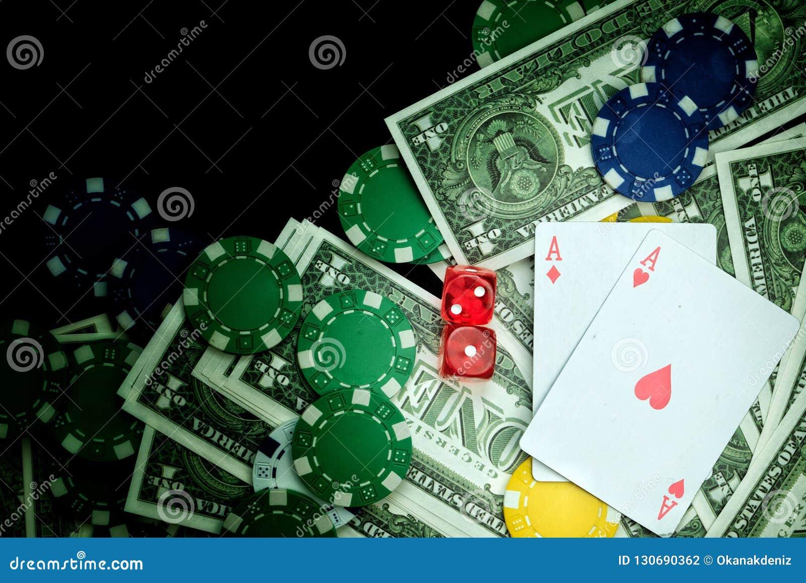 Rewolucjonistka Dices pieniędzy układy scalonych i Uprawiać hazard karty