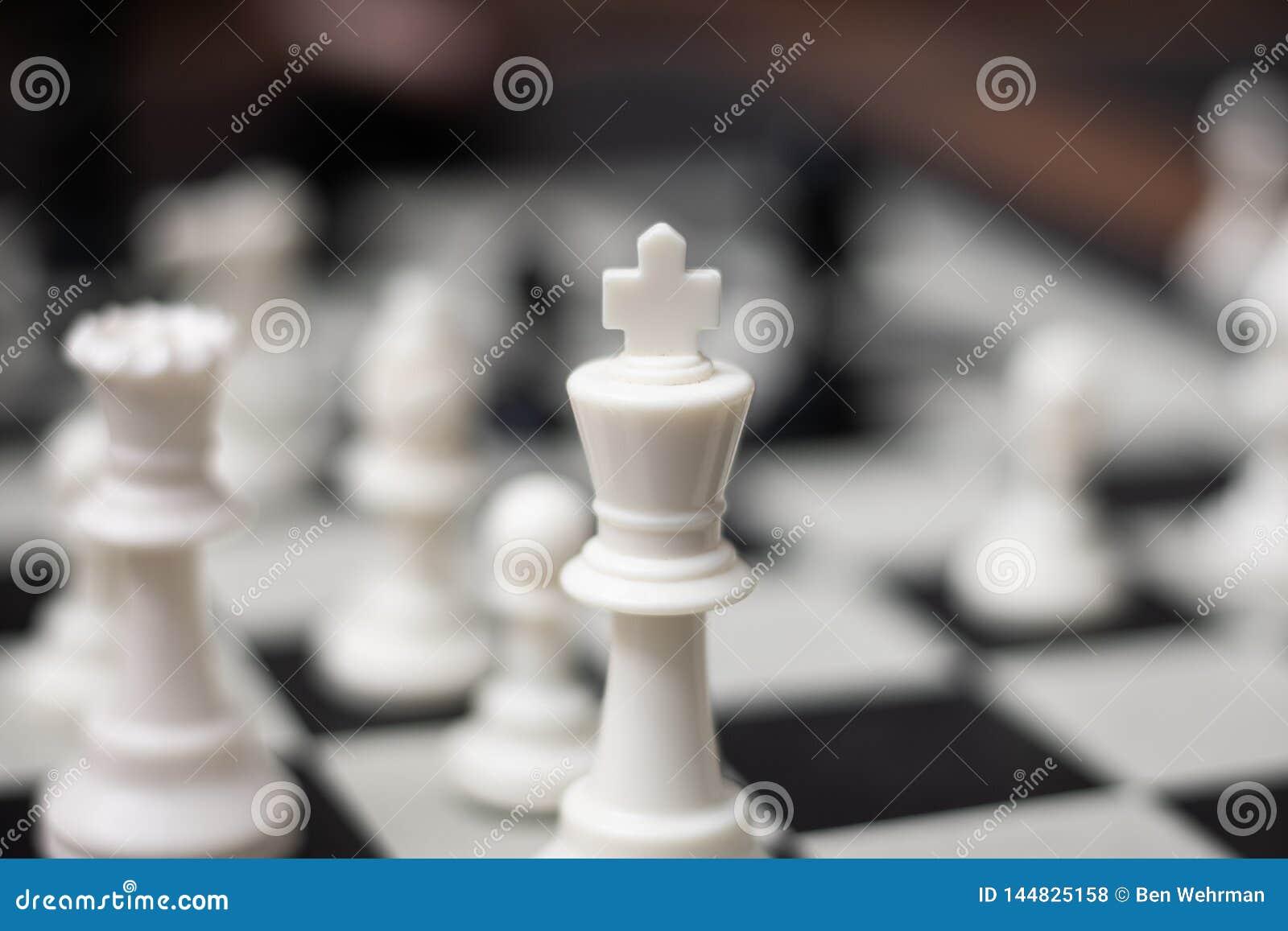 Rey Chess Game Piece