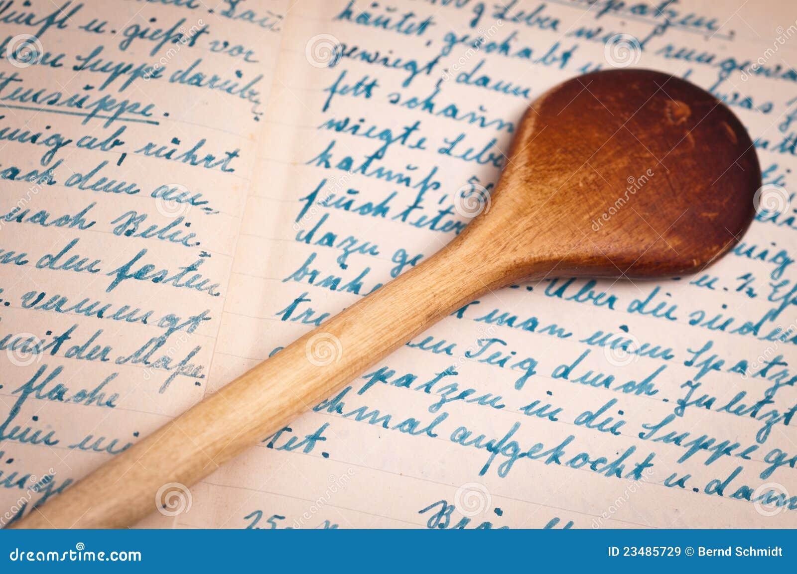 Rezept mit handschrift und kochen l ffel lizenzfreie for Kochbuch backen