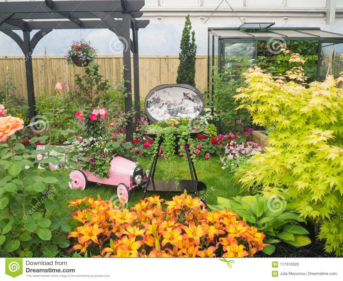 RHS Chelsea Flower Show 2017. A Beautiful Plants And ...