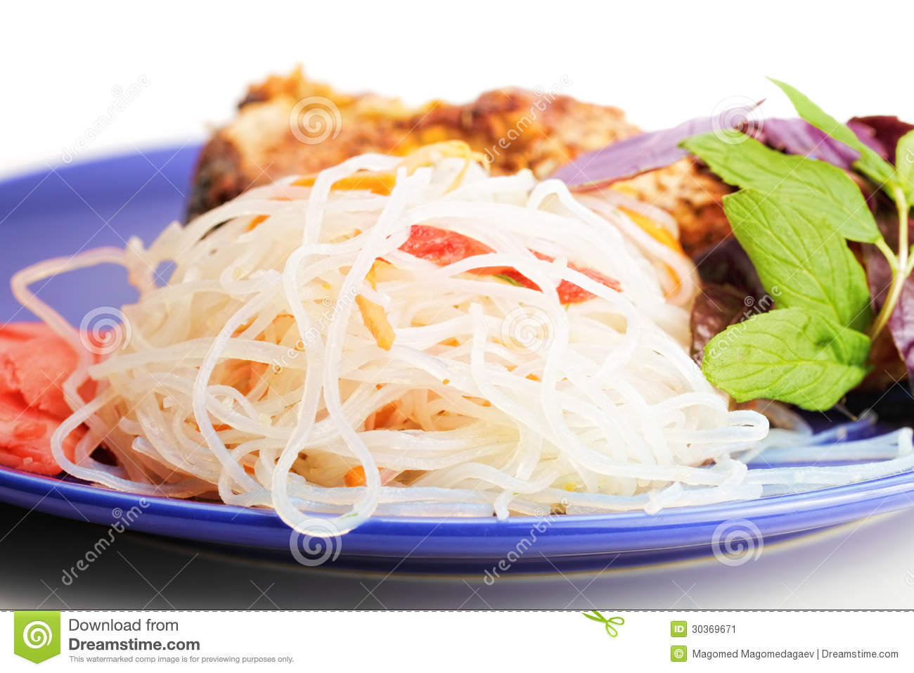 Rice noodles on blue plate stock image image 30369671 for Rice noodle fish