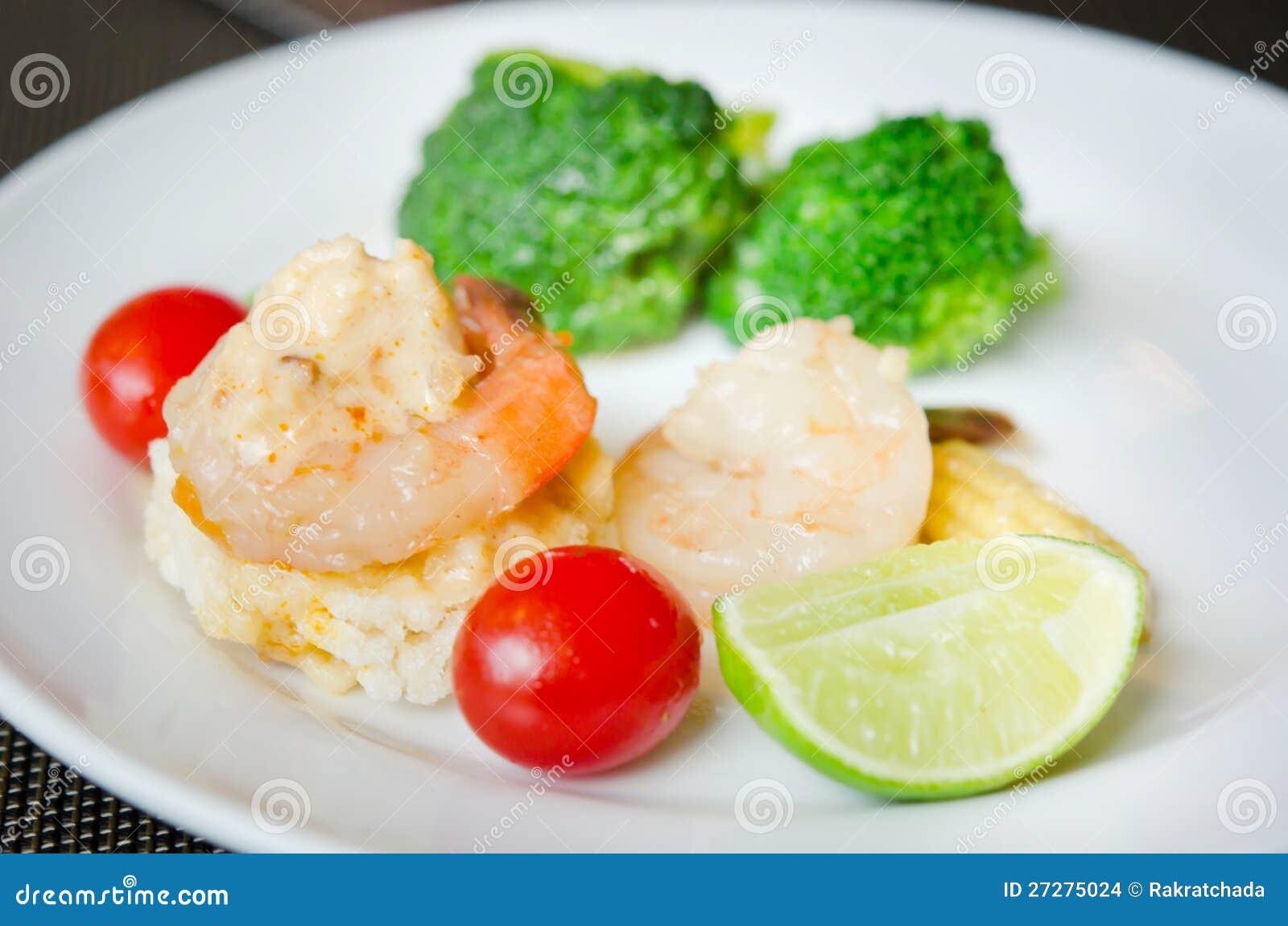 Rice stekt thai mat