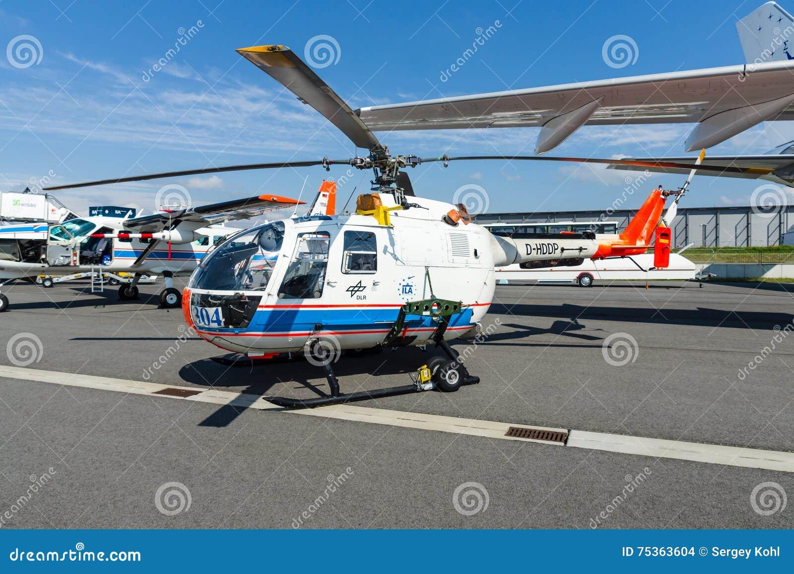 Ricerchi il MBB Bo105 di Eurocopter dell elicottero dal centro aerospaziale tedesco (DLR)