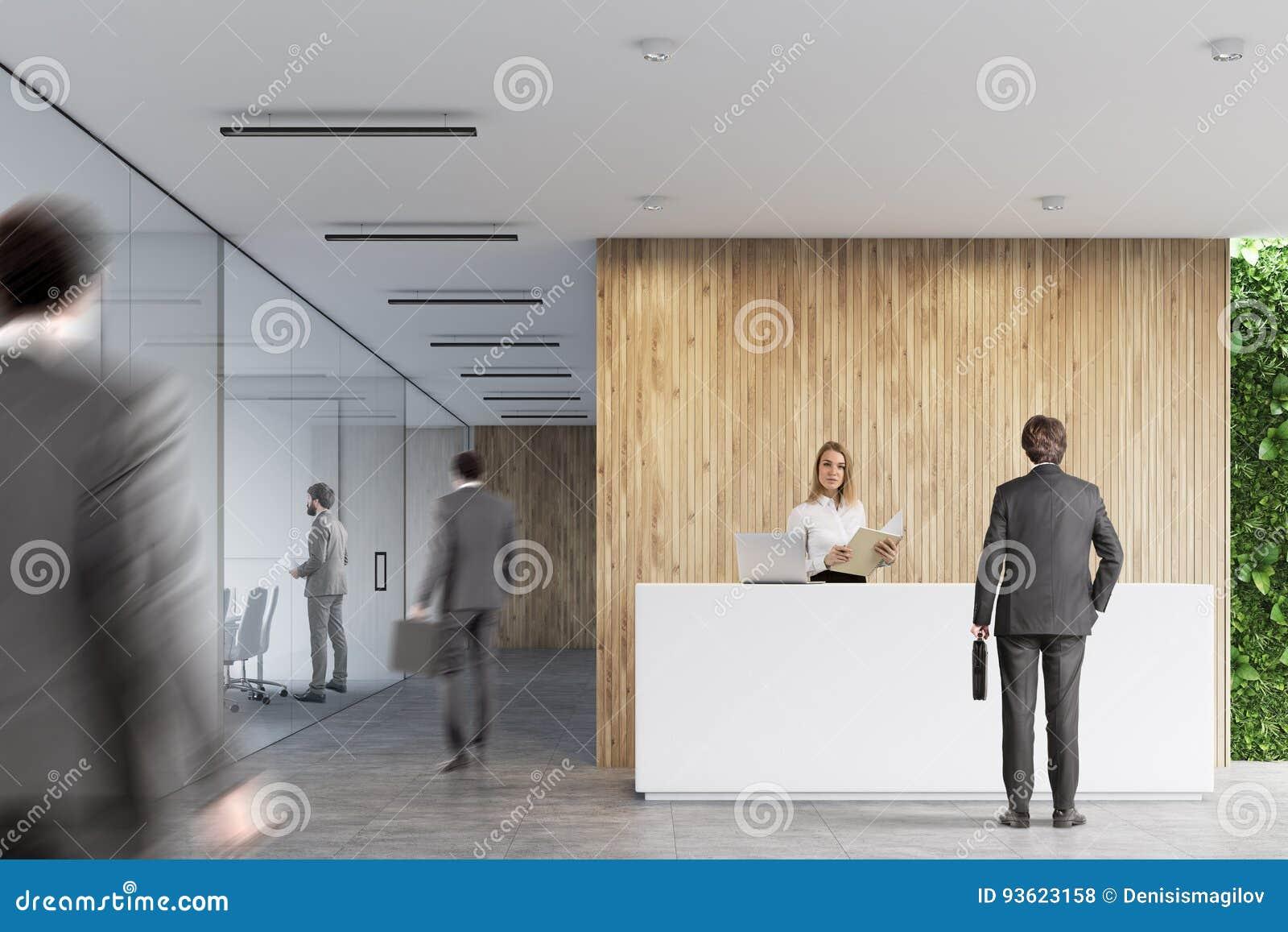 Ricezione bianca, ufficio di legno, la gente