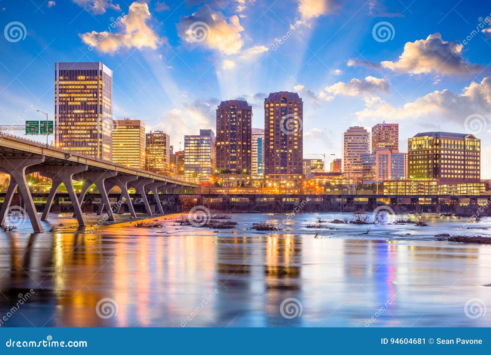 Richmond, la Virginia, orizzonte di U.S.A.