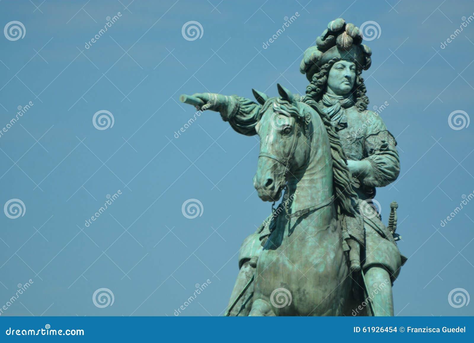 Rid- staty av Louis XIV på Versailles