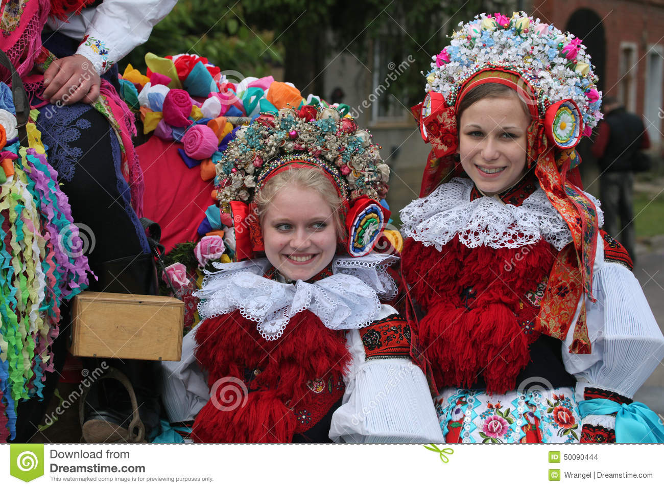 Ride of the kings folklore festival in vlcnov czech for Traditional photos