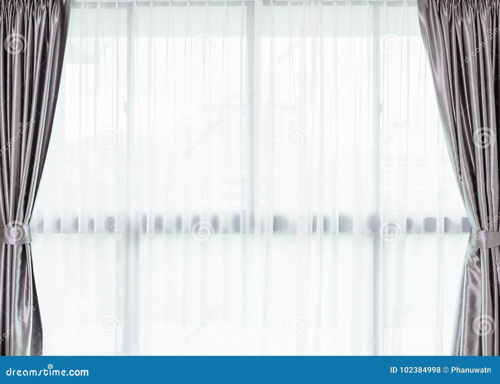 Decoration Maison Interieur Rideaux rideau blanc à l'intérieur de la fenêtre décoration