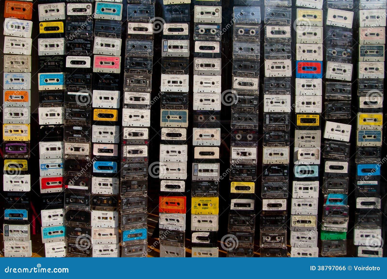 Rideau en cassettes sonores