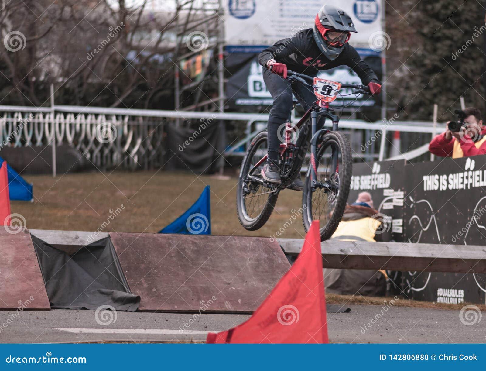 Riders take part in Sheffields Howard Street Dual - 2019