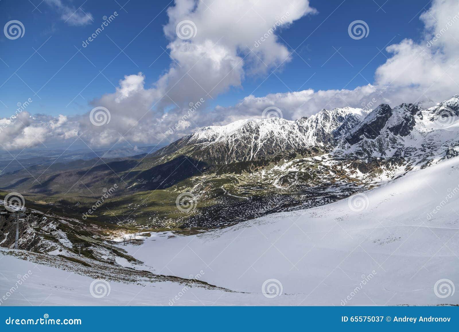 Ridge nas montanhas de Tatra