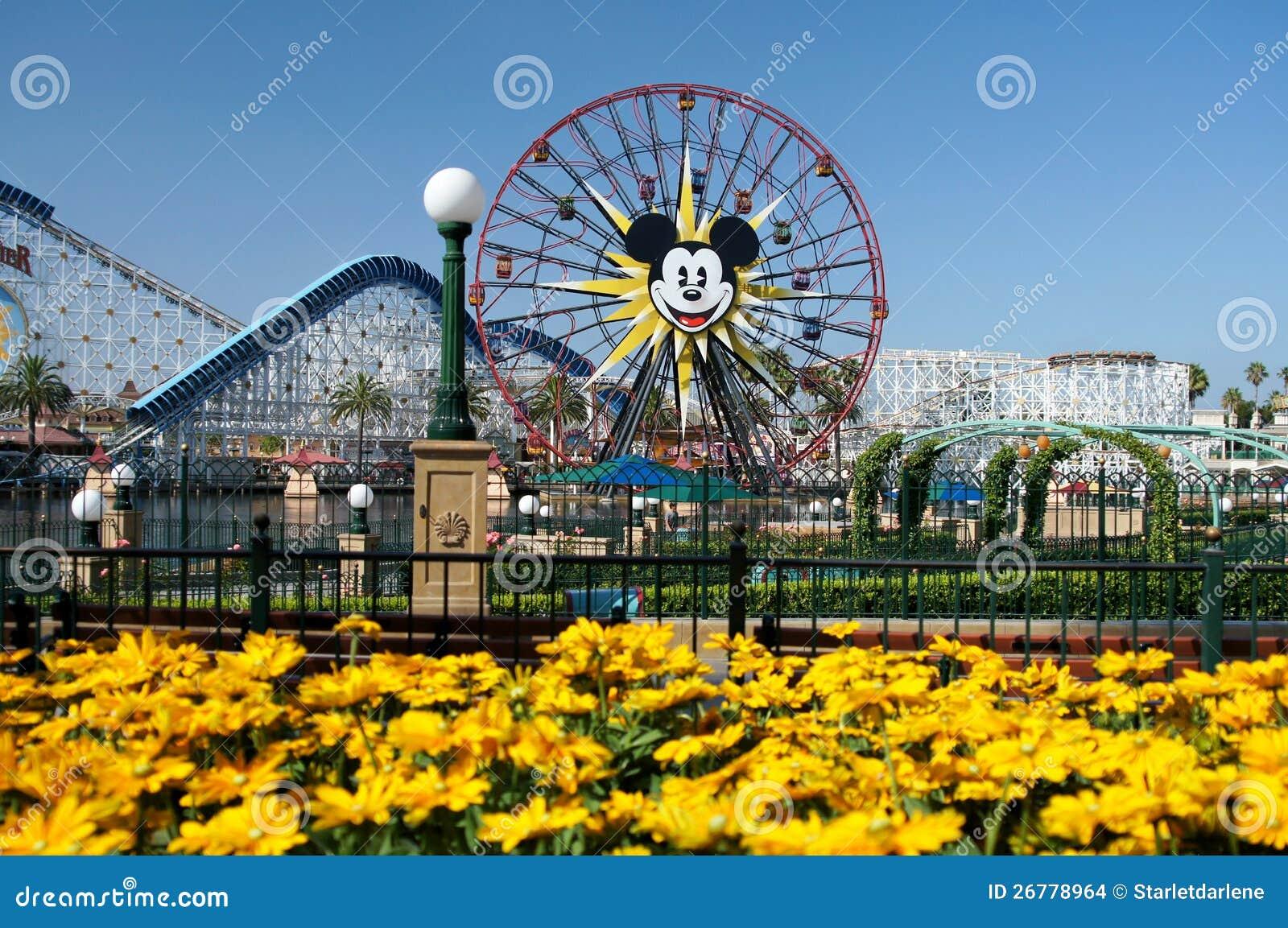 Riesenrad Disneyland Mickey Mouse-