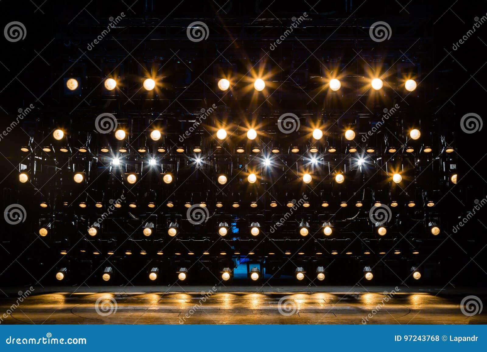 Riflettori materiale di illuminazione per il teatro luce gialla