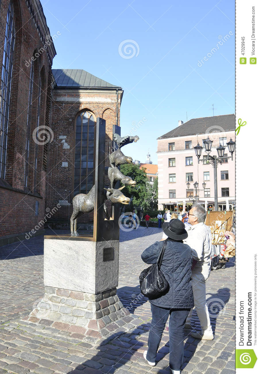 Bremen Town Musician No One Is Holding A Gun To Your Head