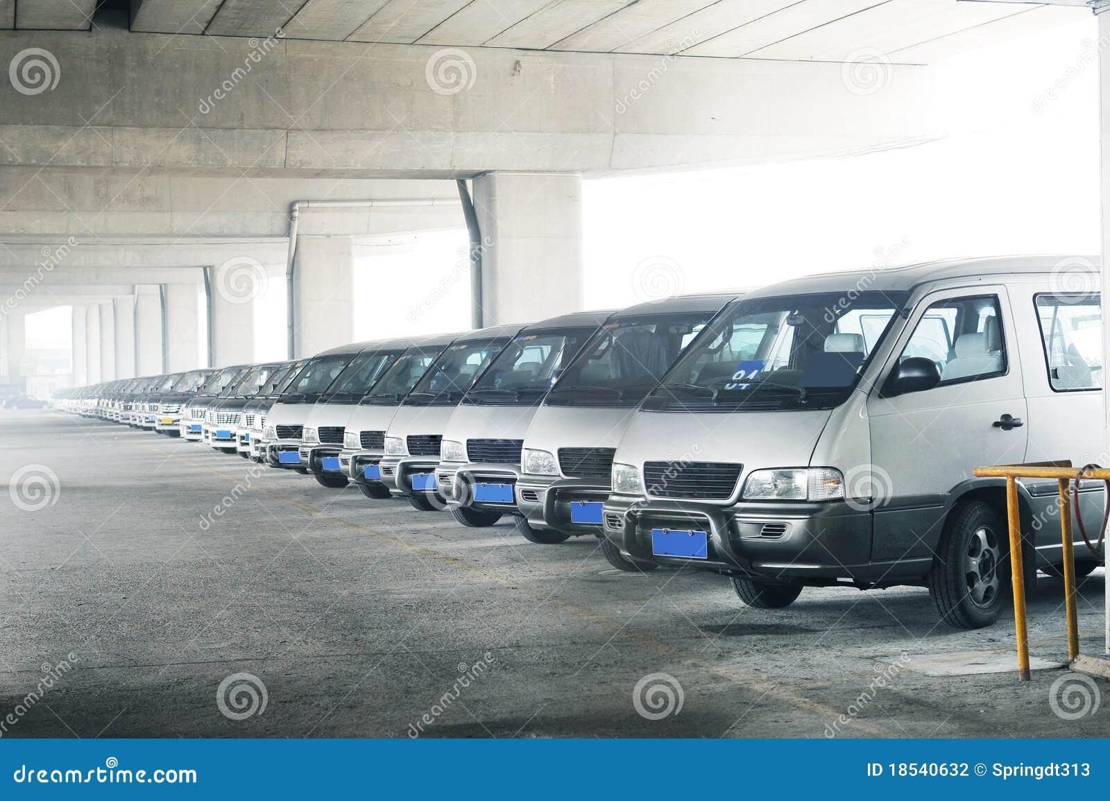 Riga dei minibus