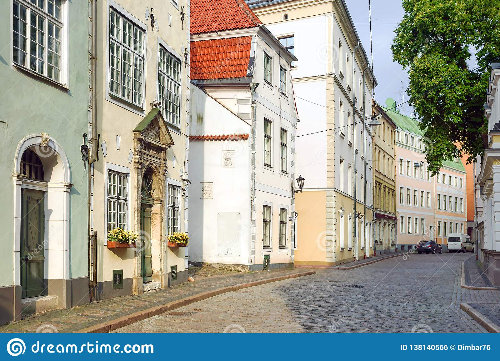 Riga, Lettland cobbled alte Straßen der Stadt von Riga