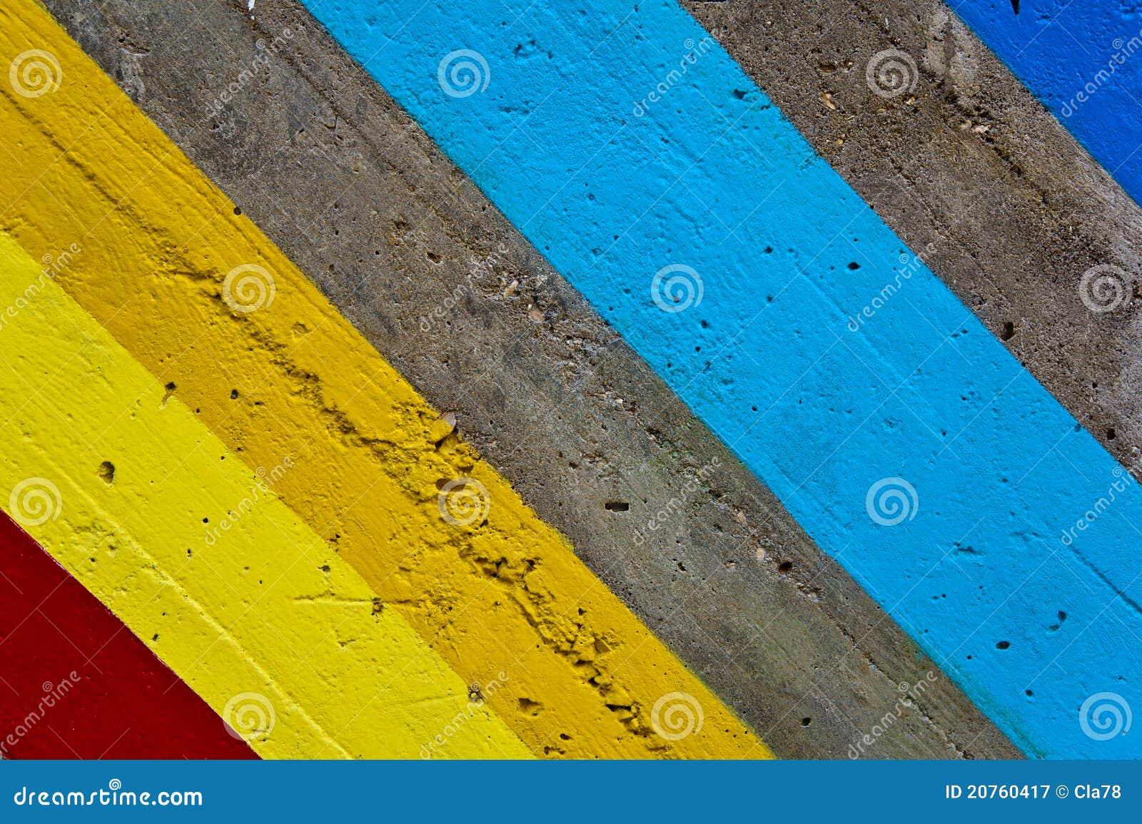 Righe Colorate Su Una Parete Fotografia Stock Libera da Diritti - Immagine: 2...