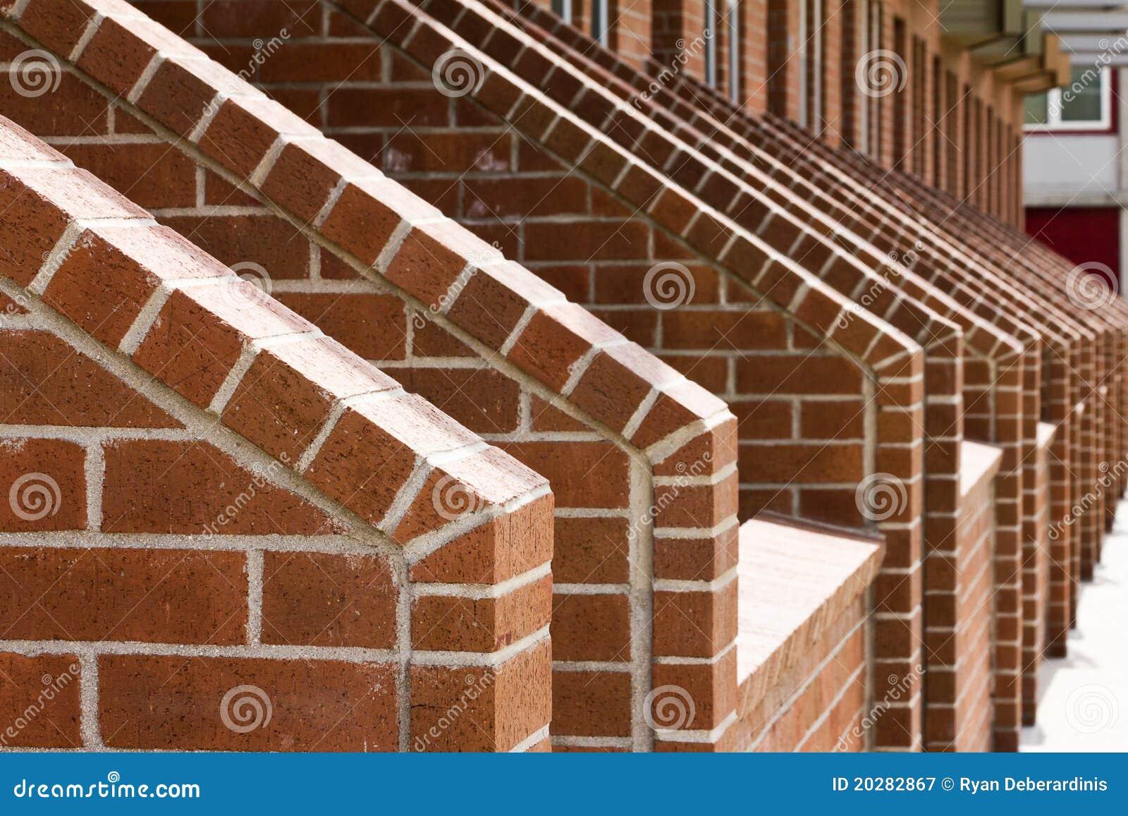 Righe procedenti in sequenza delle scale del mattone for Costo del mattone da costruire