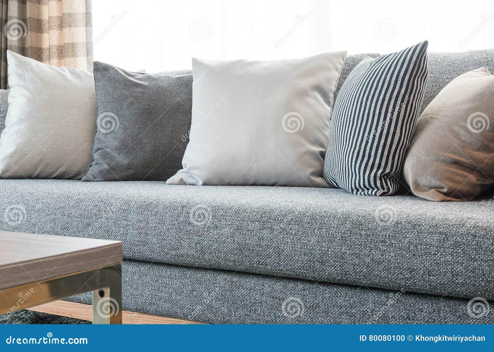 Woonkamer Grijze Bank : Licht grijze banken new woonkamer banken bruin u banken fauteuils