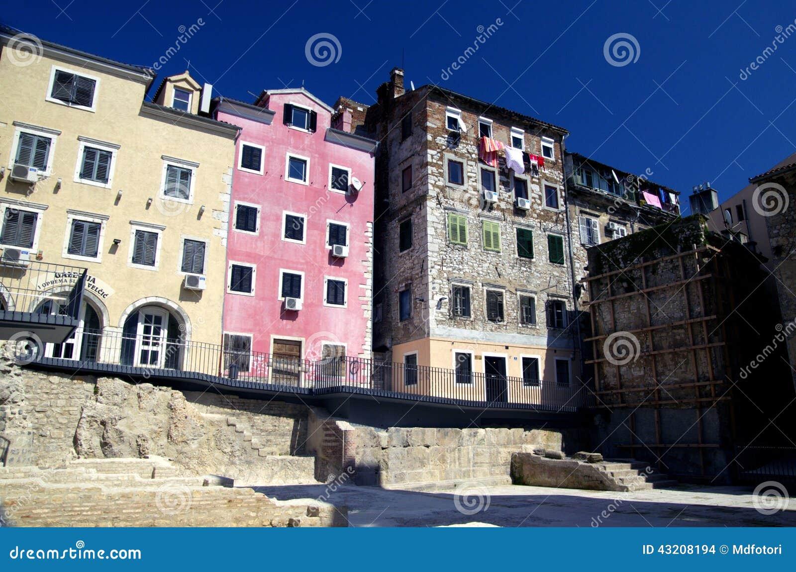 Download Rijeka Gammal Stad, Kroatien Arkivfoto - Bild av blandat, stad: 43208194