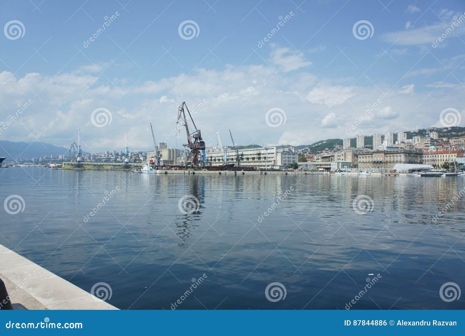 Rijeka skeppsdocka