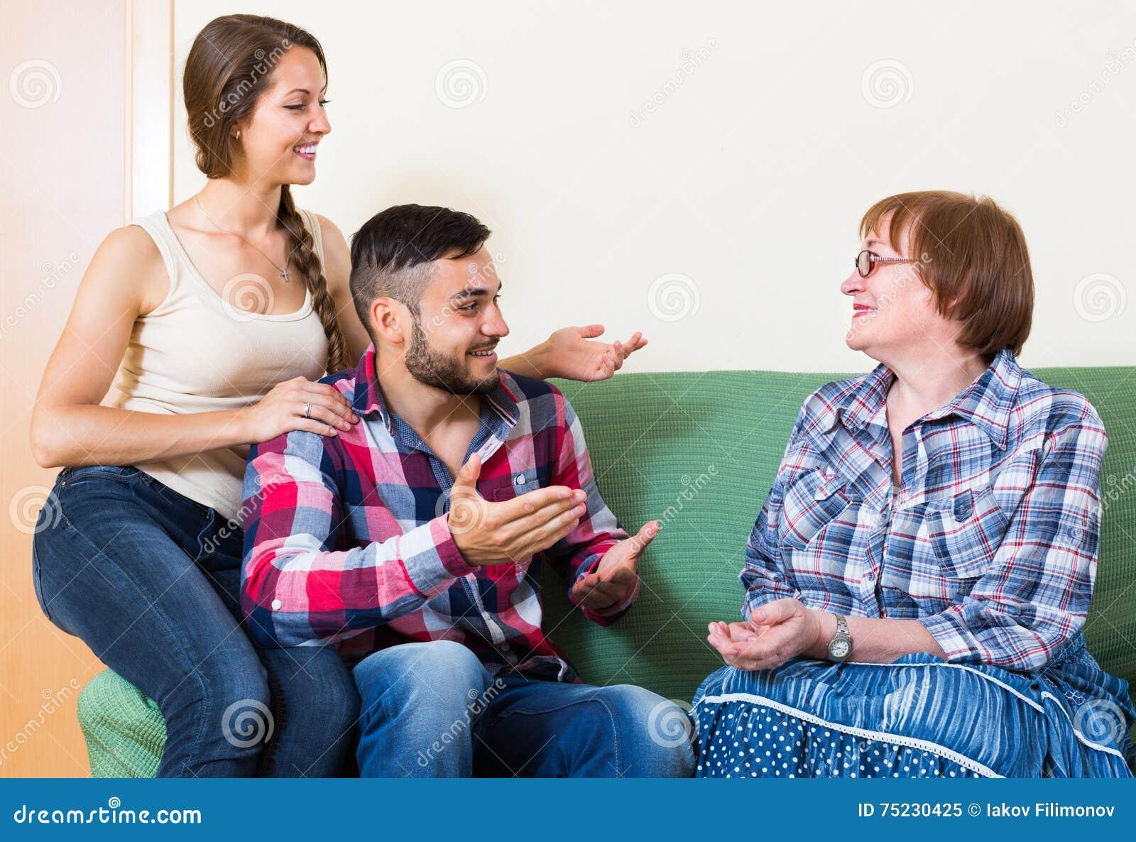 Gehuwde vrouw daterend een gehuwde mens