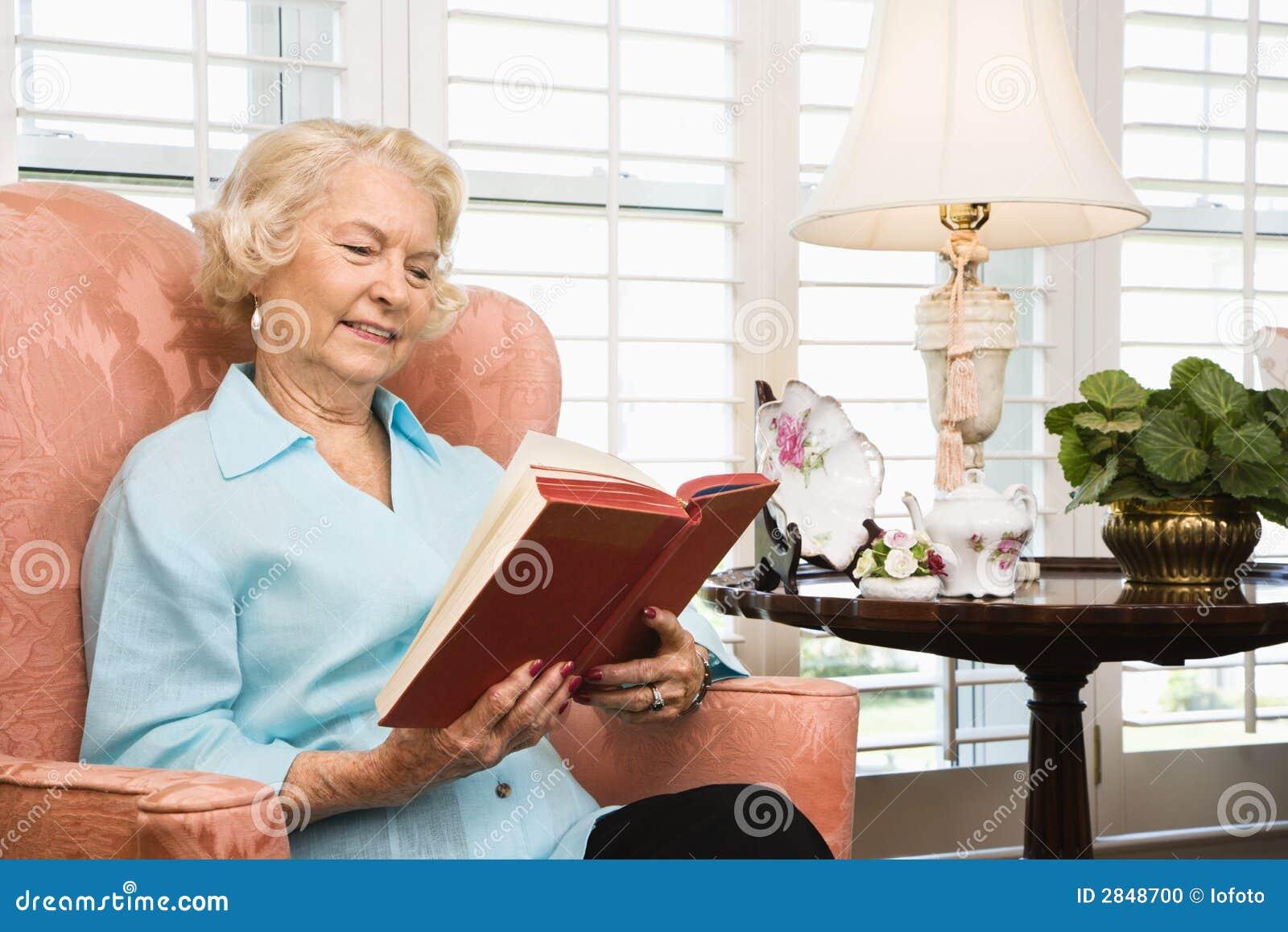 Rijpe vrouwenlezing.