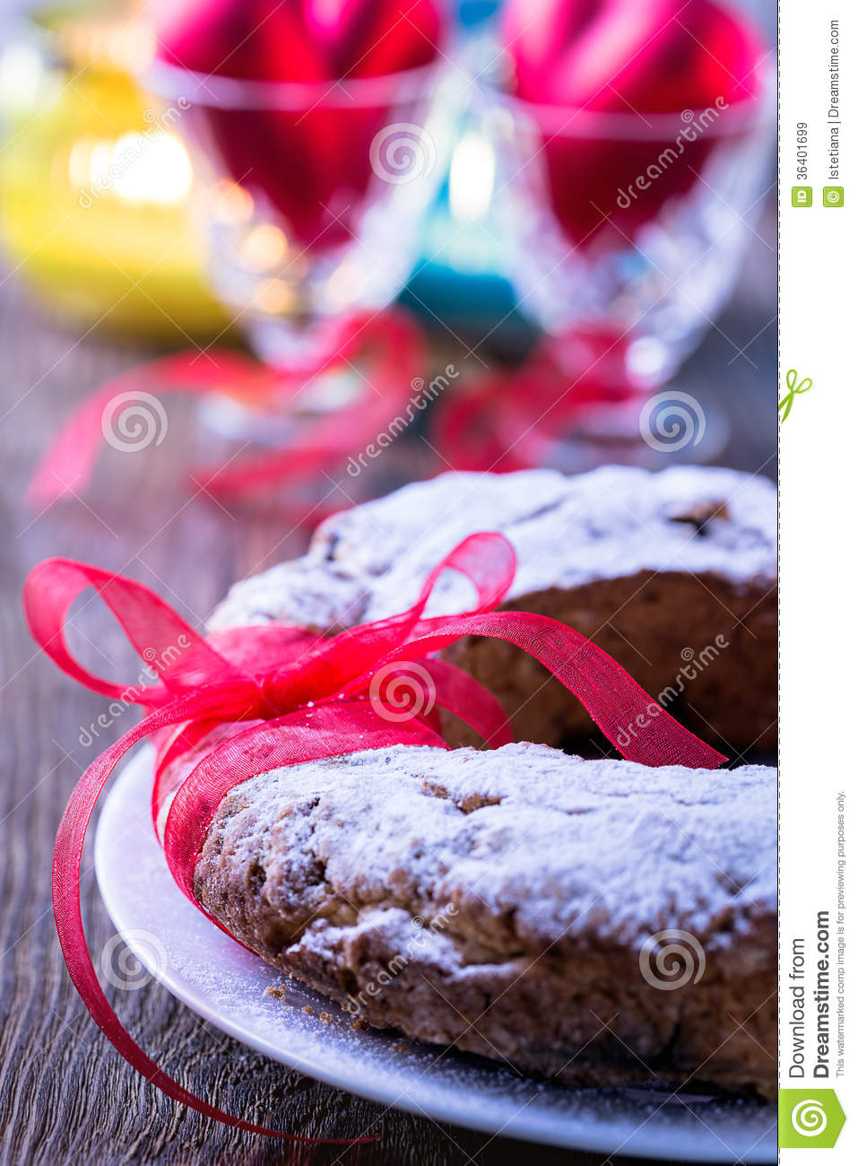 Ring Cake With Icing Sugar Royalty Free Stock Images ...