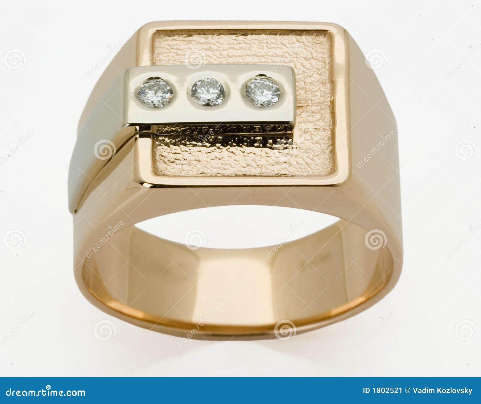 Ring met de diamanten