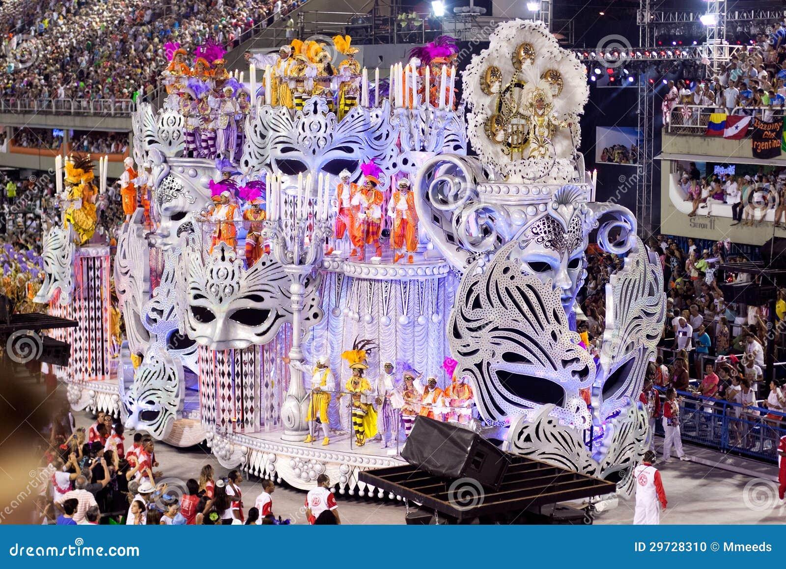 RIO DE JANEIRO, LUTY 11 -: Pokazuje z dekoracjami na karnawale