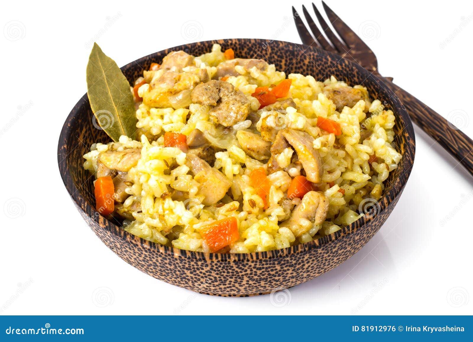 Ris med morötter, höna och kryddor