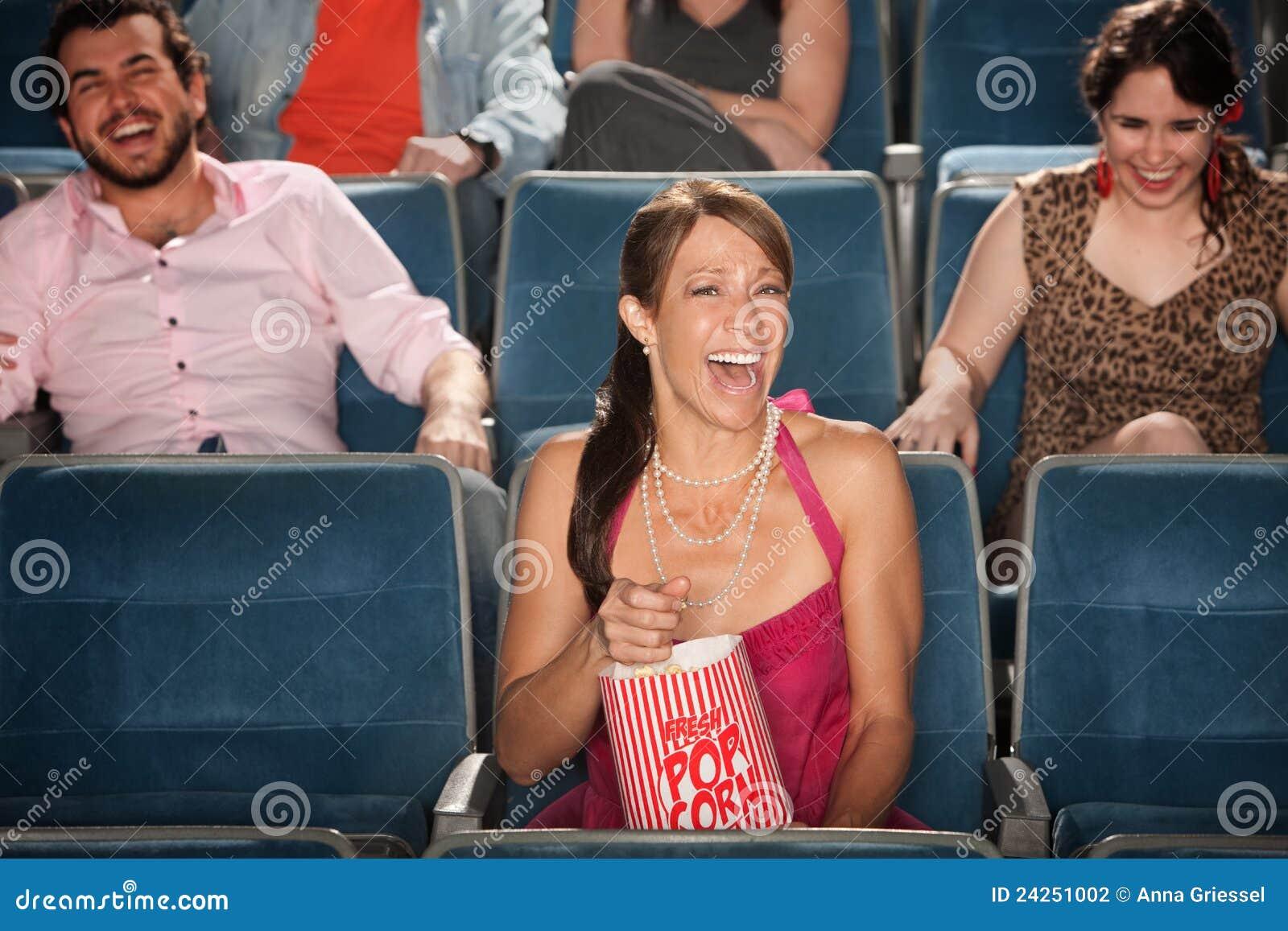 Riso em um teatro